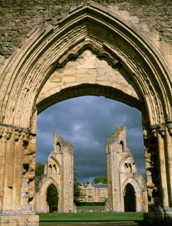 CS6864M Glastonbury Abbey