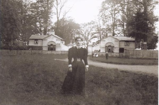 Victorian woman at Early Gate in 1899, Whiteknights became university property in 1947